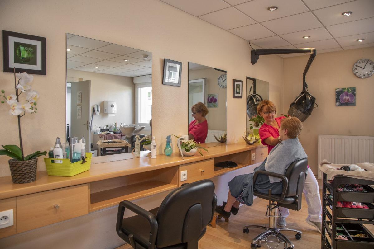 Ehpad Strasbourg Koenigshoffen salon de coiffure